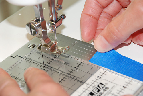 How To Sew An Accurate Quarter Inch Seam Allowance Fascinating 1 4 Inch Sewing Machine Foot